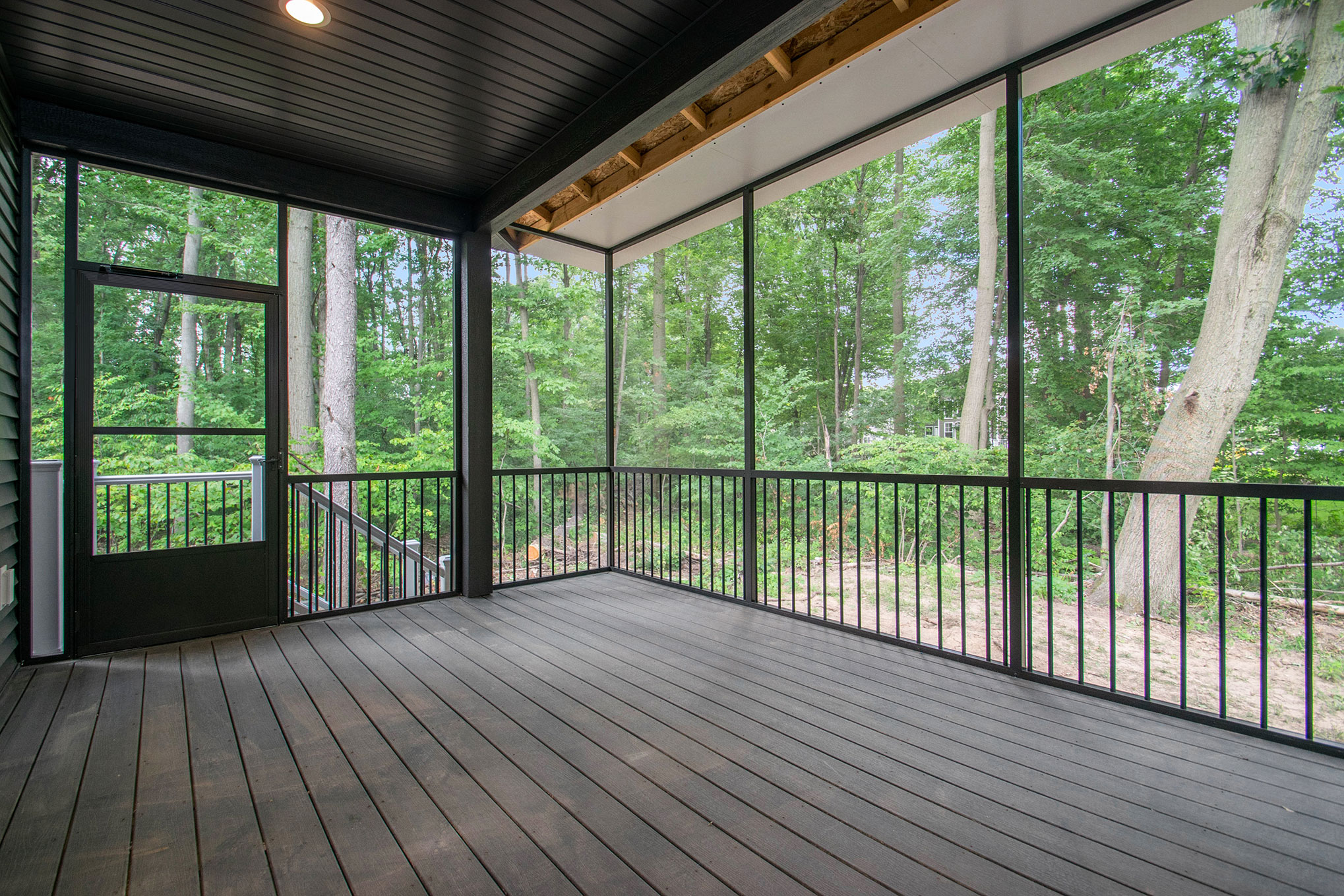 Designing the Perfect Outdoor Living Space